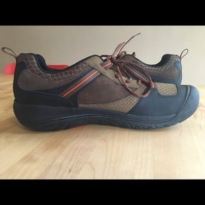 Keen Montford Men's Hiking Shoe